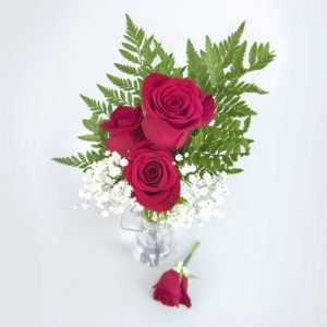 3 Rose Bouquet for Free with Wedding Booking
