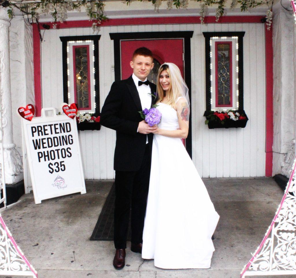 Wedding Gown Rental Las Vegas: Pretend Wedding Photos On The Las Vegas Strip