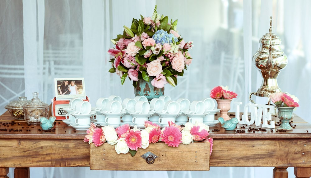 A table full of wedding favors