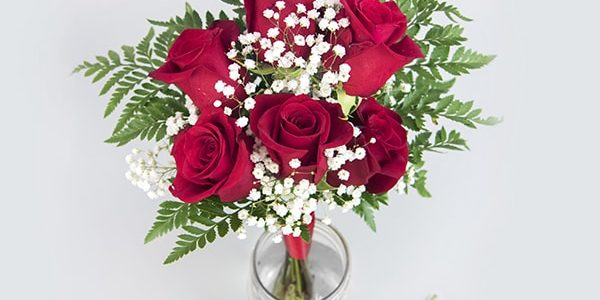 6 Rose Bouquet Boutonniere
