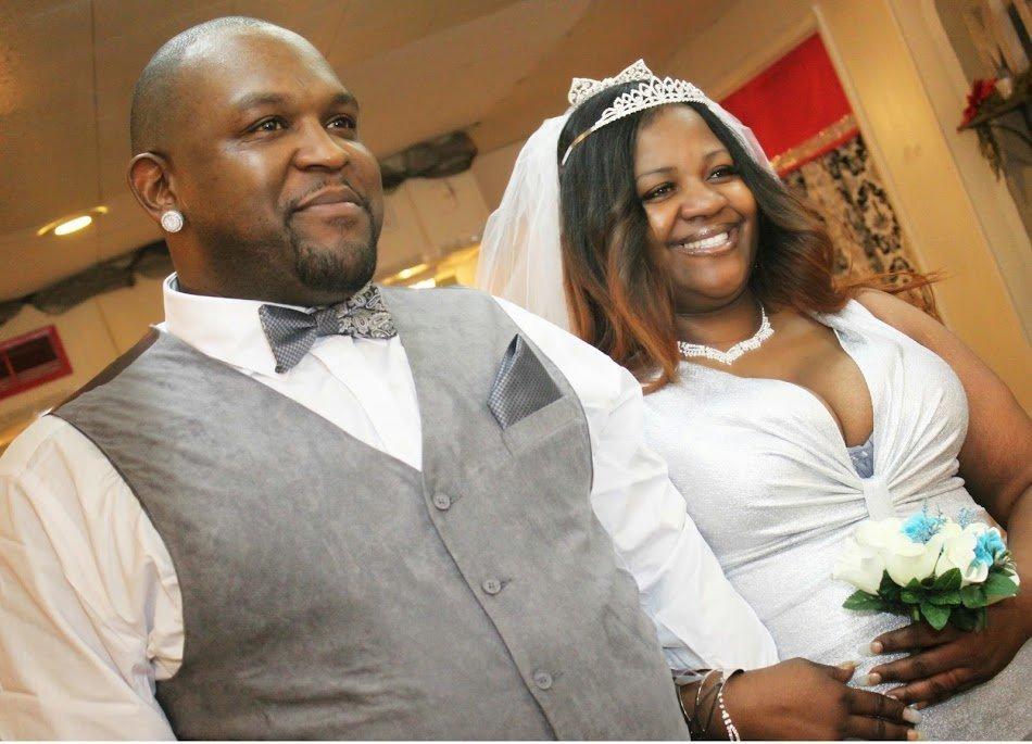 Couple got married in vegas chapel