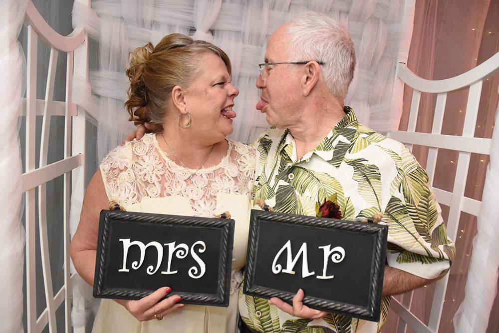 Silly Vegas Wedding Love