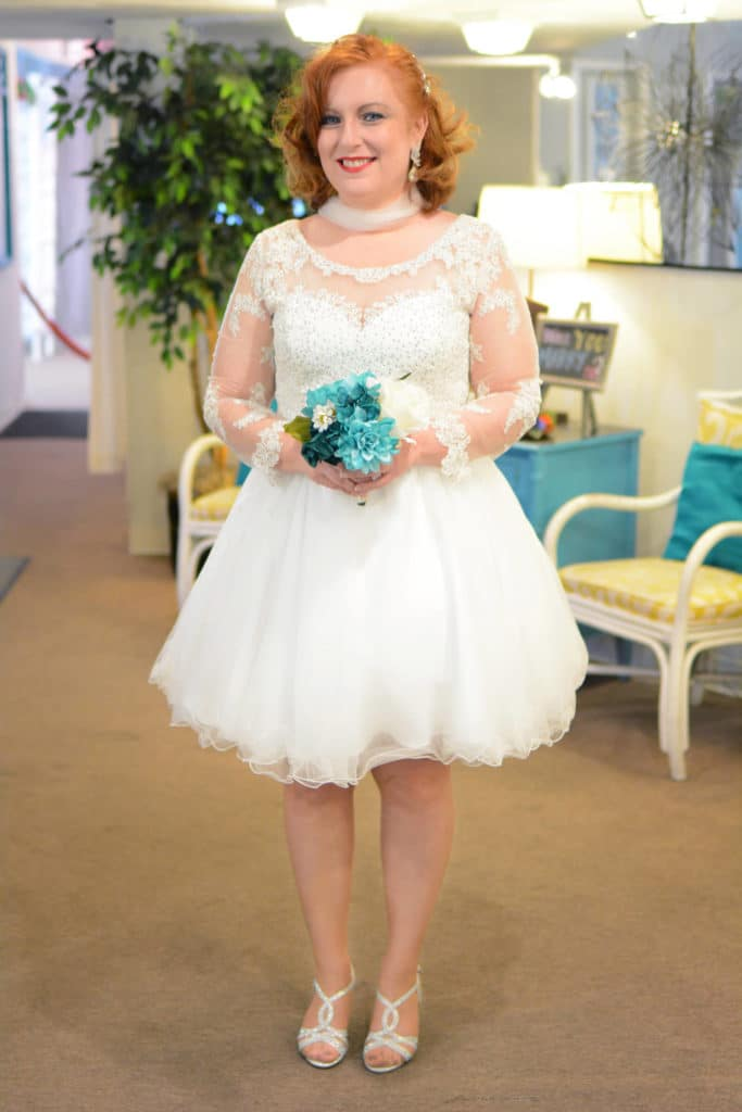 vintage wedding trends sleeve dress